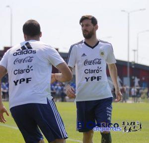 Argentina practicó en Bronnitsy: De cara al encuentro ante Nigeria, el equipo dirigido por Jorge Sampaoli volvió a entrenarse en Rusia.