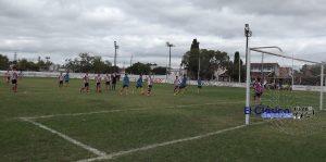 Fútbol local: Posiciones y goleadores