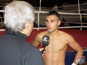Hugo Santillán, pupilo de Ismael Ibarrola, pelea por el título Latino OMB