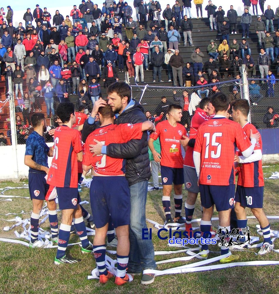 Los campeones y sub desde el año 2010. Mitre logró siete títulos. A. Díaz campeón como jugador y técnico