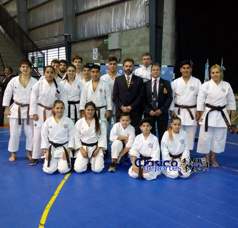 Varias medallas logró la ASK en Lomas de Zamora