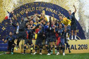 Francia festejó en Rusia por segunda vez en su historia