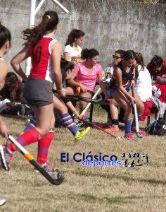 Encuentro de hockey en Regatas Baradero