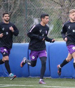 «Pancho» Nouet sigue en Villa Dálmine. Amistoso ante Vélez terminó igualado