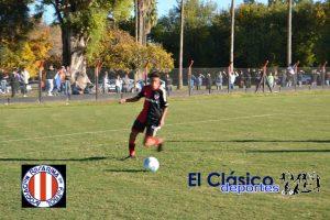 Manuel Guereta juega el Provincial Sub 15 para la Liga Rosarina
