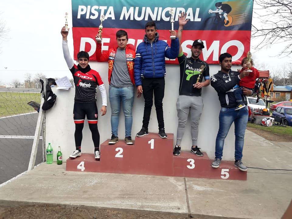 El SAT, Copó la pista de Chacabuco los laureles del triunfo fueron para Fernando Gil Maidana