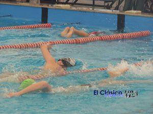 Federados y Promocionales de FANNBA compitieron en el natatorio del club Náutico
