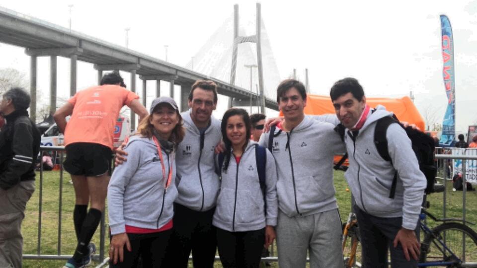 Miles de corredores en la 9° edición «El Puente Rosario-Victoria»