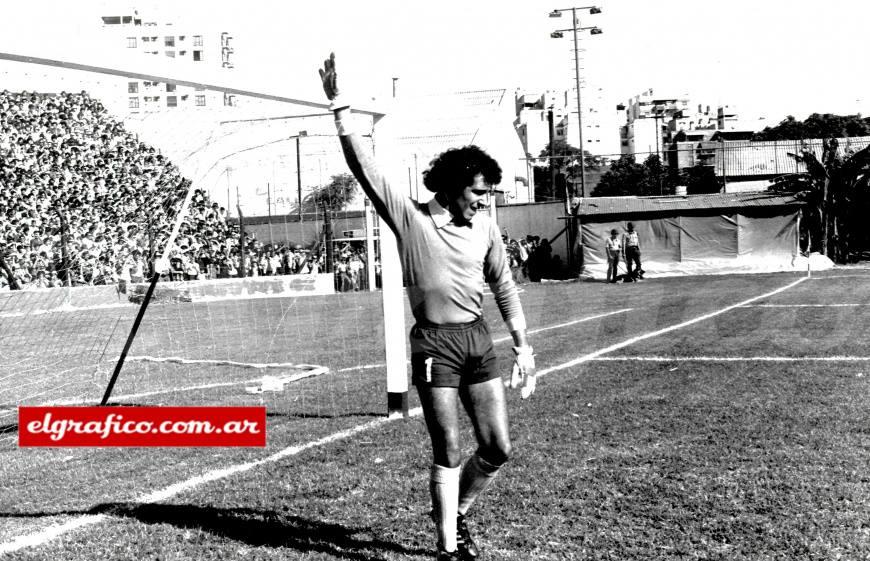 Falleció el arquero récord del fútbol argentino que tuvo un paso por Independencia FC