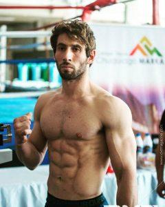Kick Boxing: Damián Muñoz ganó por definición rápida en Bolivia. MIRA LA PELEA!