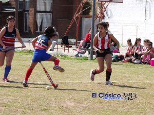 Hockey local: Paraná y Pescadores disputaron partidos en todas las divisiones