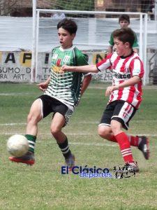 Fútbol local: CADU le sacó un empate al «Rojo» y La Esperanza derrotó a Paraná