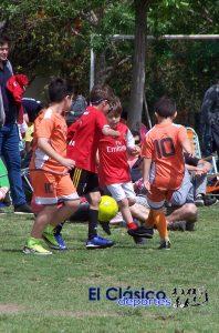 Masivo encuentro de escuelas de fútbol en Mitre