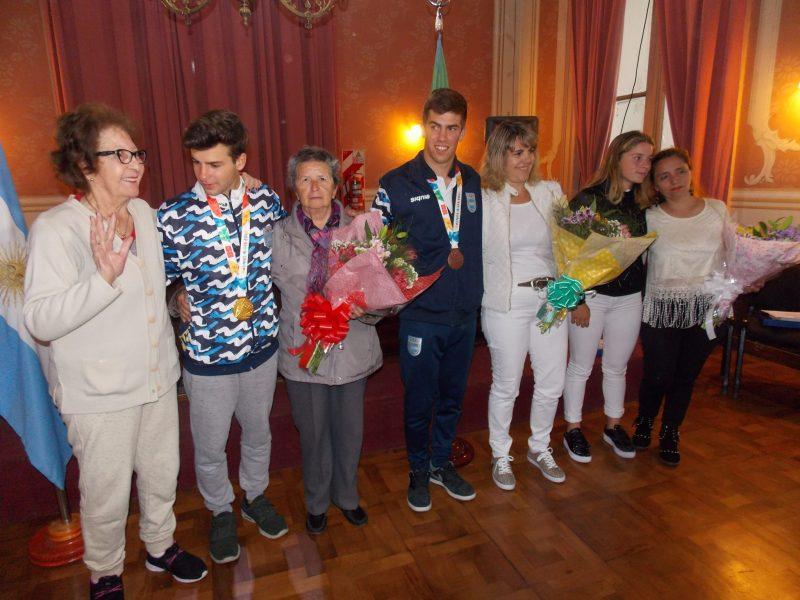 Homenaje a los Olímpicos en la Municipalidad de San Pedro
