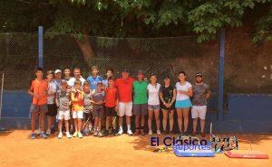 Excelente clínica de tenis en Náutico
