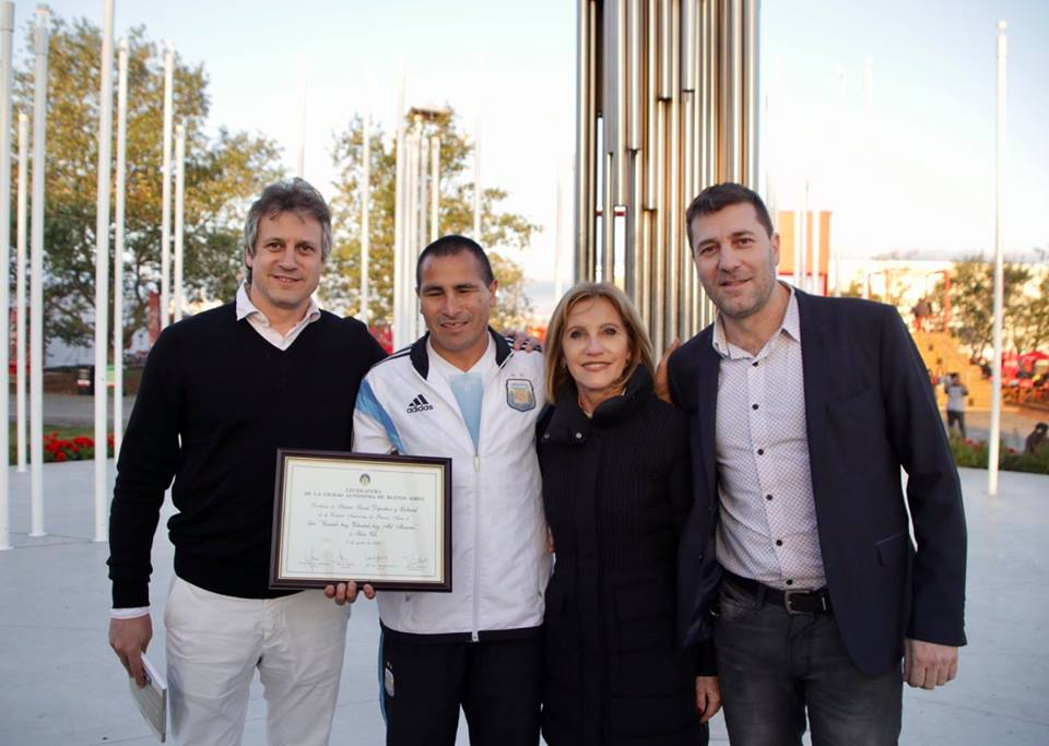 Homenaje a Silvio Velo en la Villa Olímpica