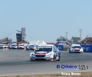 Una multitud en el autódromo nicoleño para ver el triunfo de Mariano Werner