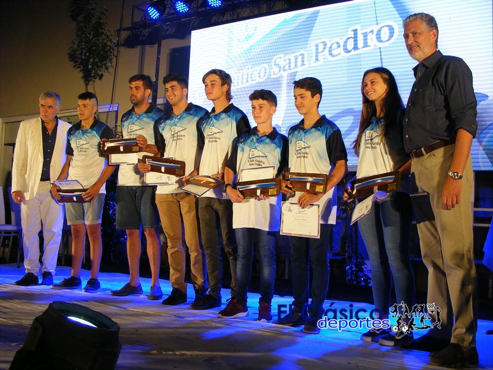 Náutico entregó el premio Paulino a sus deportistas