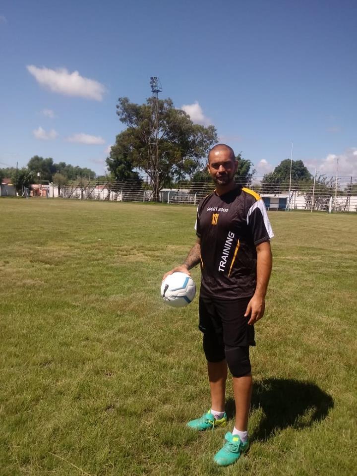 Sarmiento juega en dos certámenes. Por el Regional será rival de Mitre y Sportivo