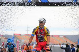 Lee más sobre el artículo Vuelta a San Juan: Nicolás Tivani dio un concierto en Albardón