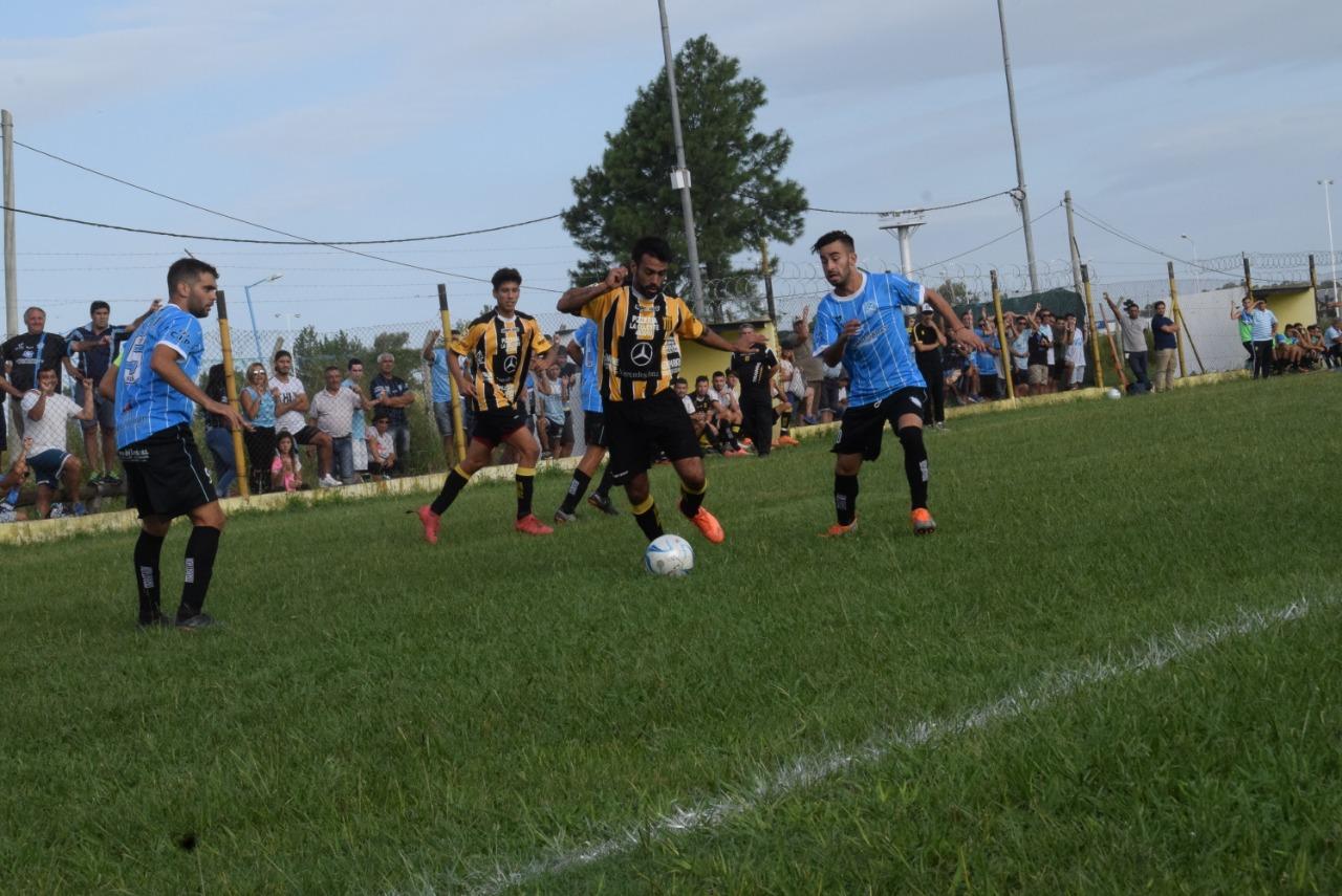 Torneo Regional Amateur: Sarmiento obtuvo su primera victoria