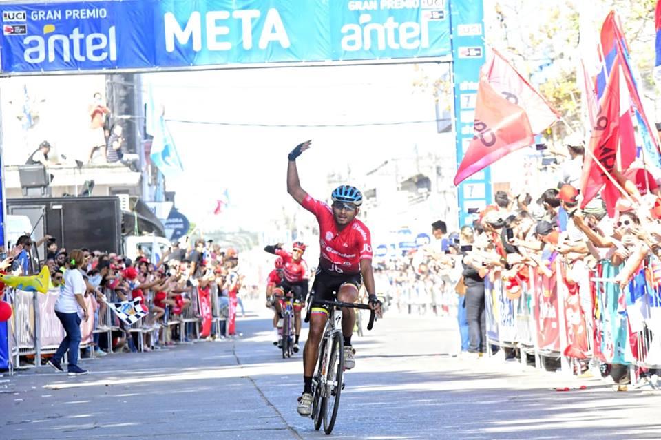 Llegó la fuga y no hay cambios en la Vuelta del Uruguay