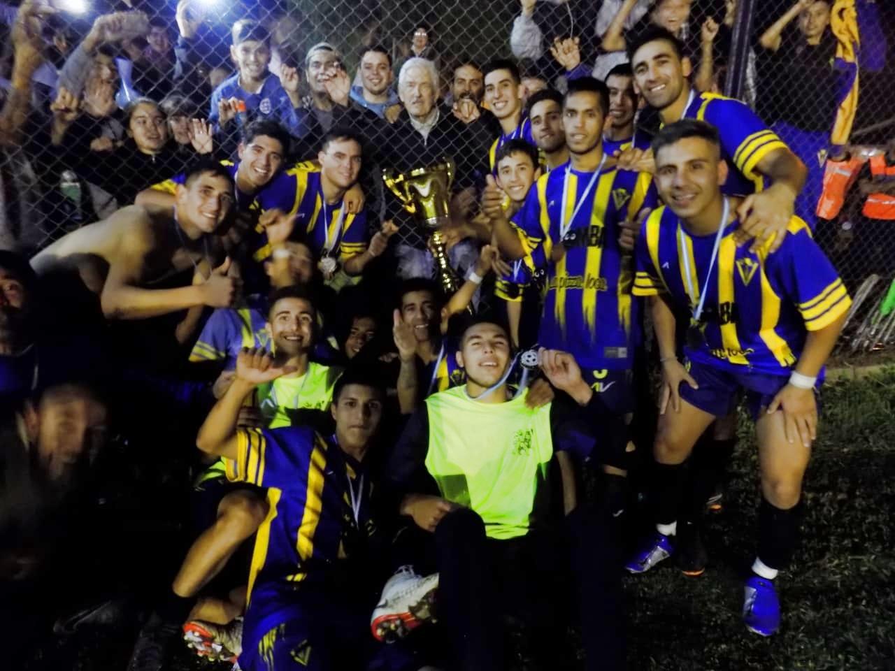 Resultado de imagen para 12 de Octubre de San Nicolas copa federacion