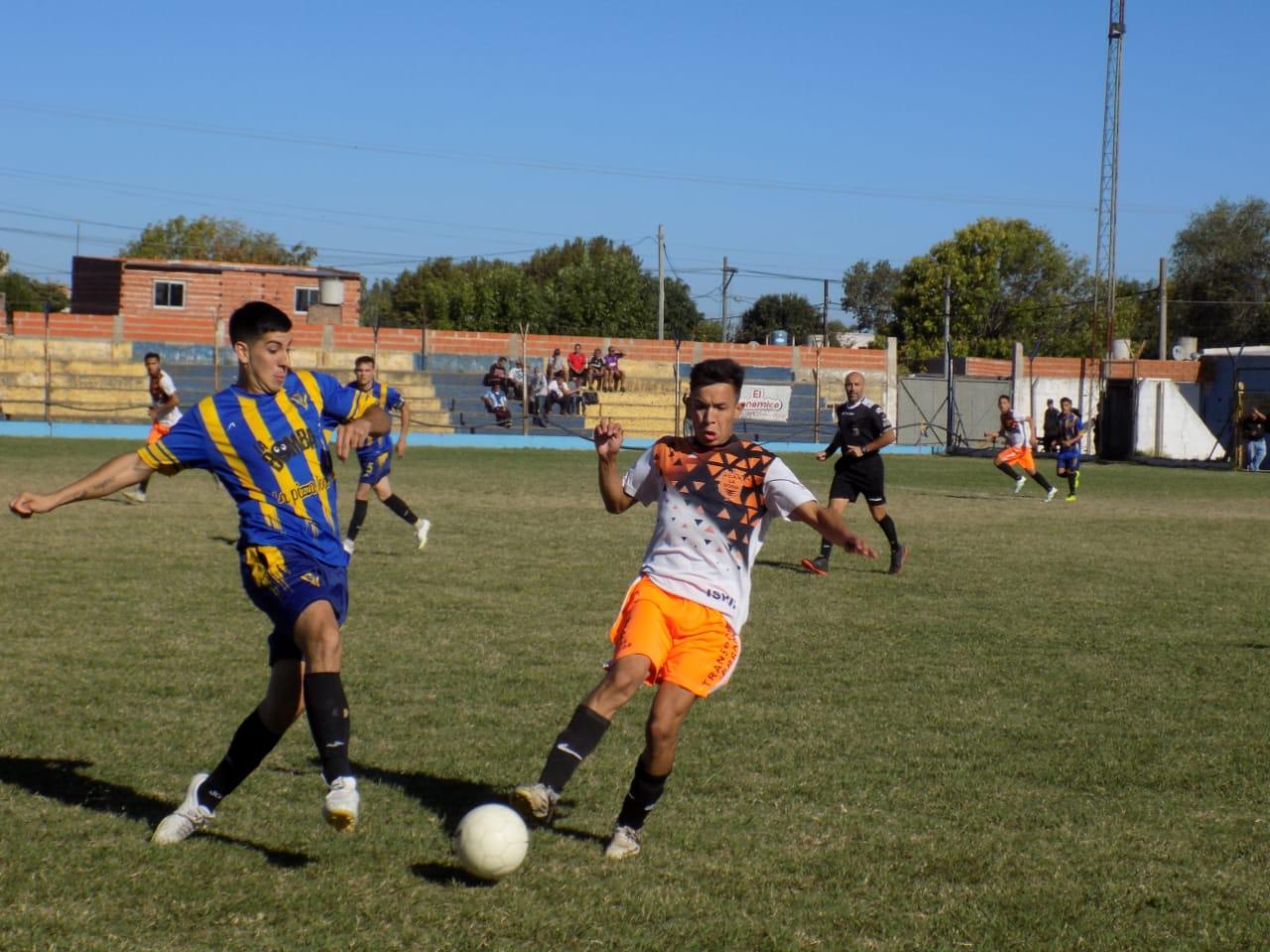 Copa de Clubes: Triunfo de 12 de Octubre en semifinales
