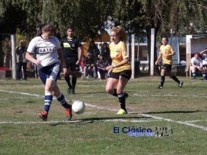 Total éxito en el inicio del torneo de Fútbol femenino
