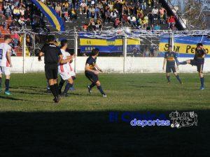Fútbol local: Ganó Sportivo y la punta no se  toca en la A. Tres punteros en la B