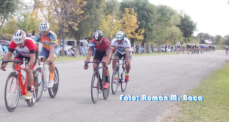 Ciclismo: Se impuso Mariano Manzo