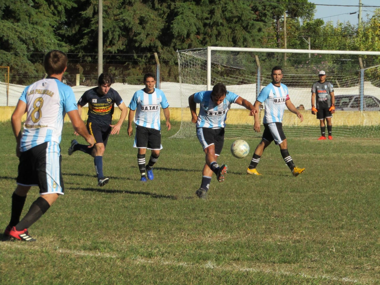 Fútbol local: El domingo a las 15 horas, Agricultores Club-Las Palmeras