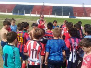 Avellaneda prueba jugadores en San Pedro: Pasó la de Independiente y Racing anuncia con presencia del «Turco» García