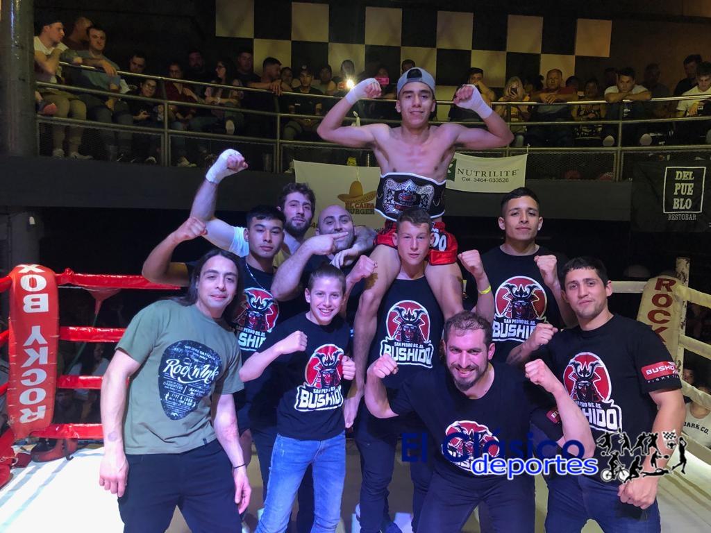 Jonathan Aran campeón Panamericano de Muay Thai