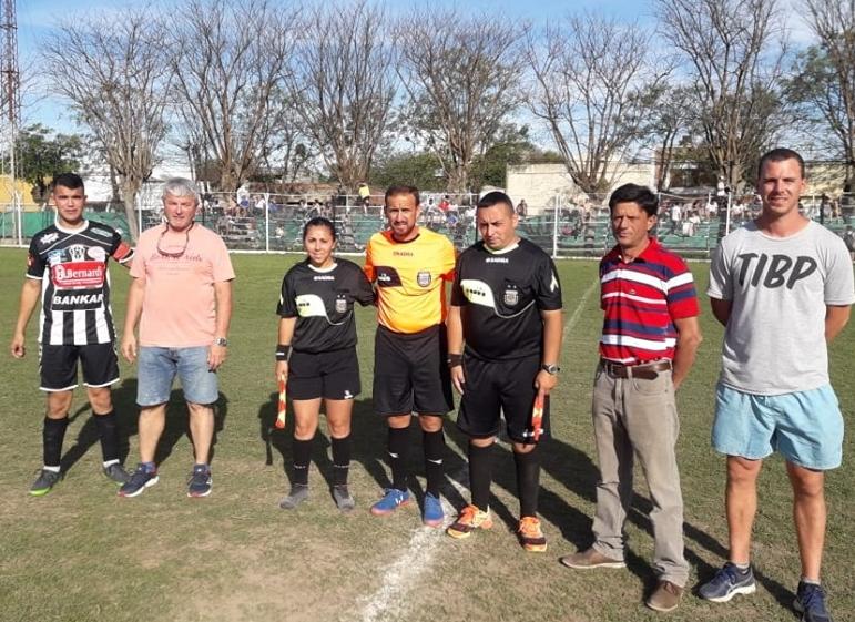 Fútbol zonal: Las Palmeras debutó con triunfo. También ganaron Fundición y Atlético