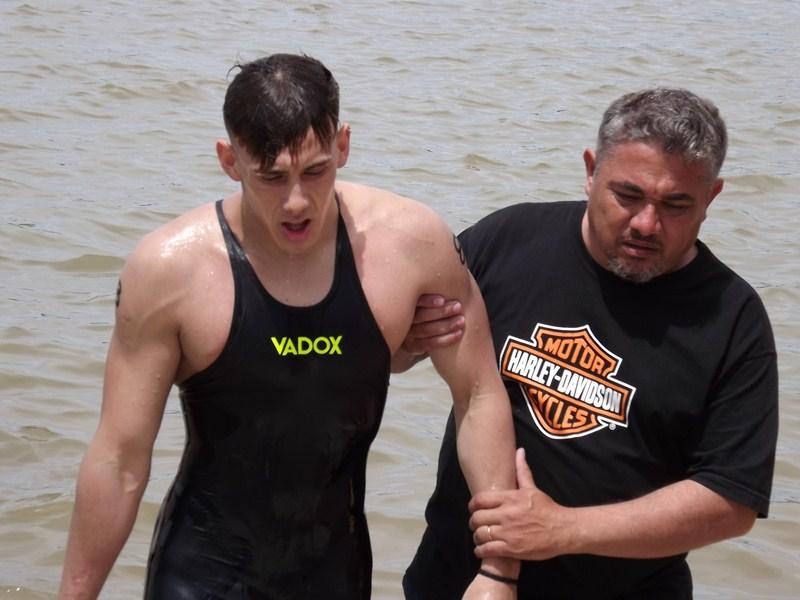 Ignacio Piaggio ganó la prueba de Aguas abiertas de Pescadores, segundo el sampedrino Maxi Roselló