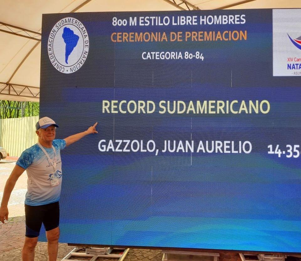 Juan Gazzolo con oro y récord