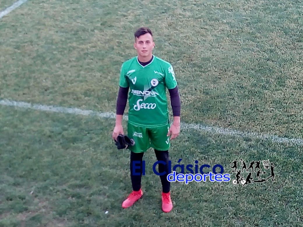 Diego Pérez titular en el triunfo violeta ante Temperley