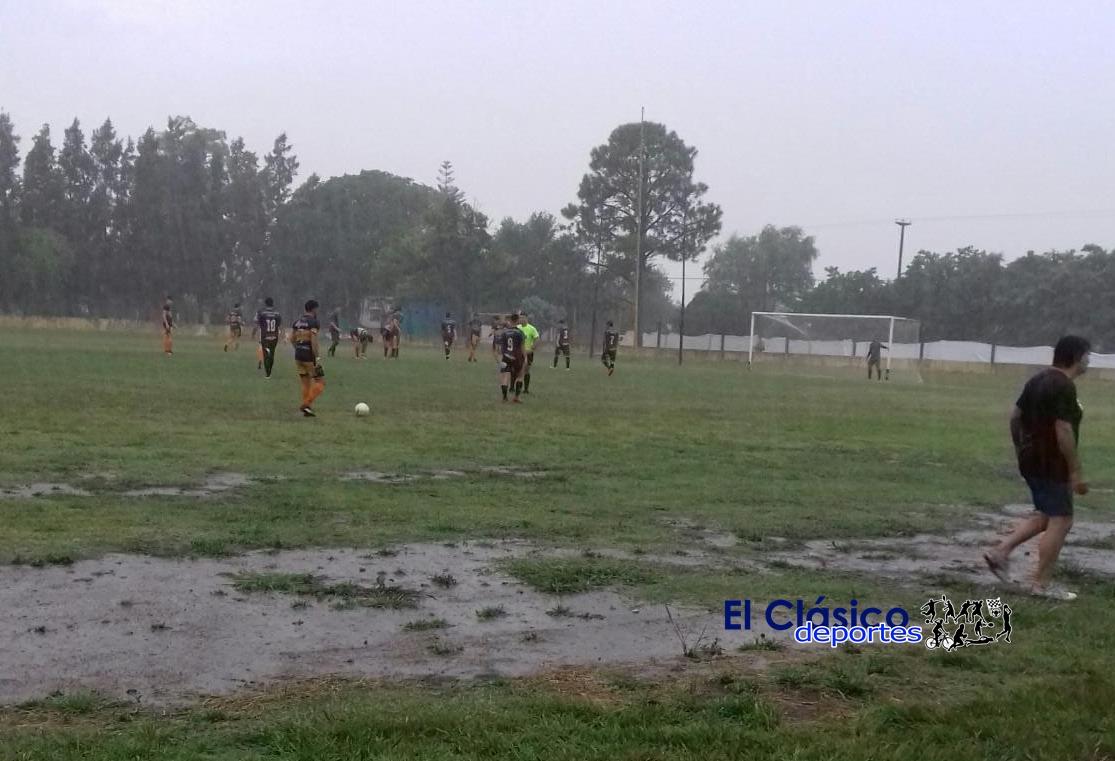 Copa de Clubes: Por la lluvia suspendido Independencia-Ferroviario promediando la etapa inicial y Paraná-Banfield