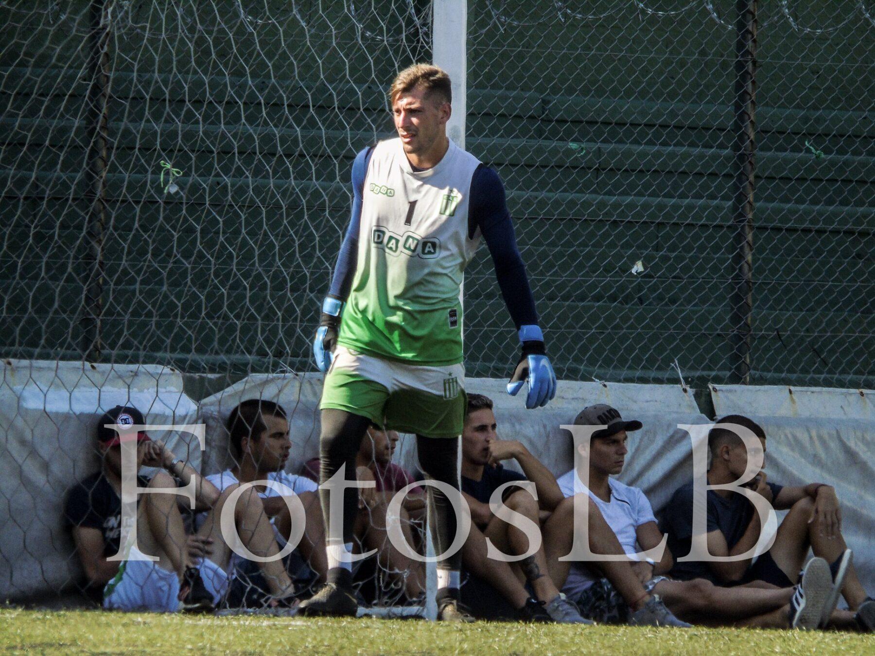 Fútbol de ascenso: Matías Budiño continuará en Excursionistas