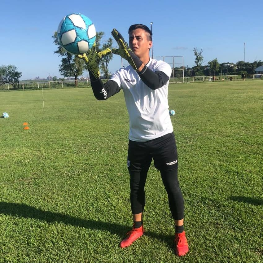 Villa Dálmine: Diego Pérez Díaz se reincorpora a los entrenamientos