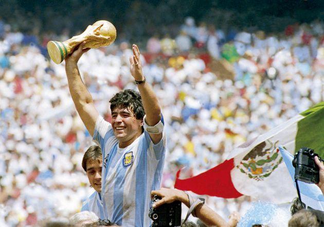 El fútbol mundial de luto con la desaparición de Diego Maradona