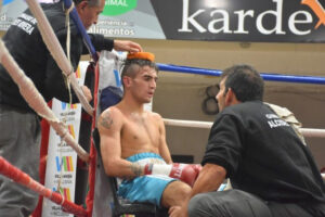 Boxeo nacional: Estadella nuevo campeón Pluma