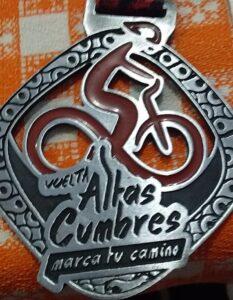 """Vuelta Altas Cumbres"" con 5 sampedrinos"