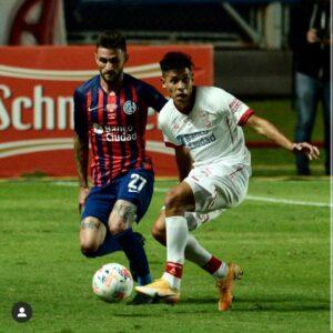 Lee más sobre el artículo Liga Profesional: Sebastián Ramírez jugó en el empate del «globo» y «santos»