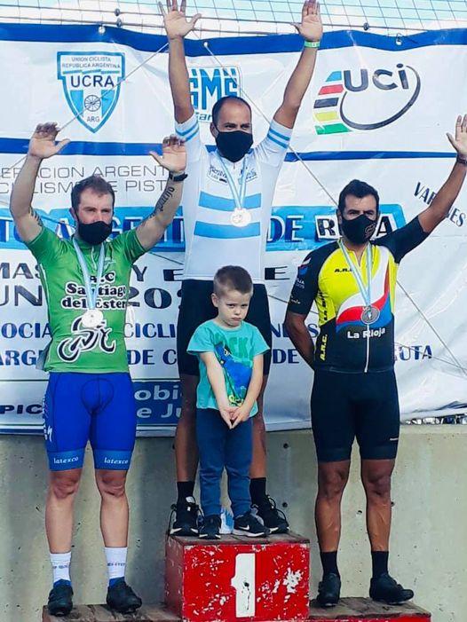 Ciclismo: Un arrecifeño campeón argentino Máster