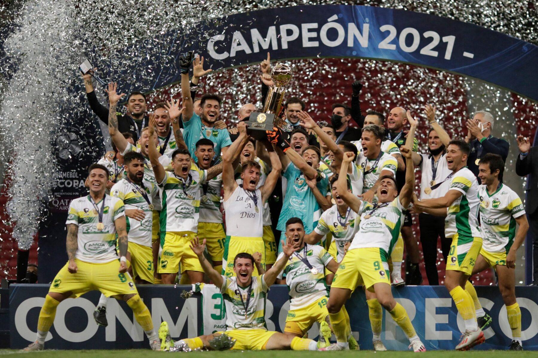 Defensa y Justicia: ¡del ascenso de la B Nacional a campeón de la Recopa en solo 7 años!