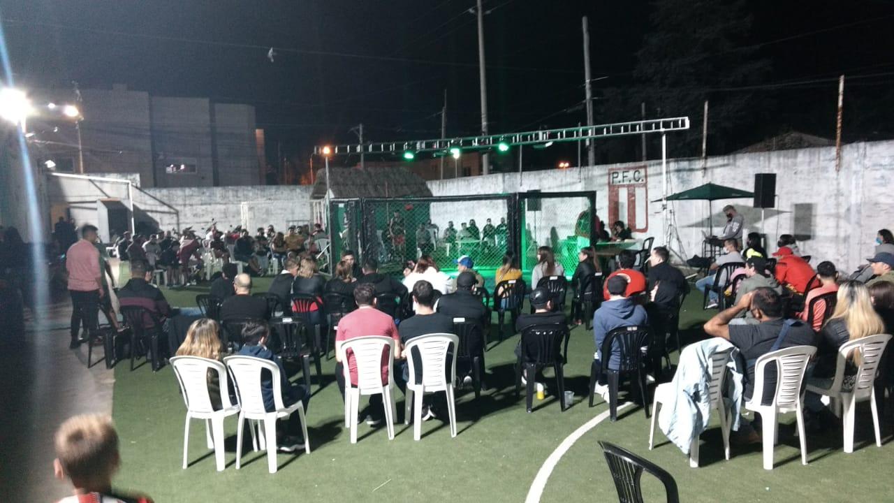La «Jaula» en Paraná brindó un buen espectáculo