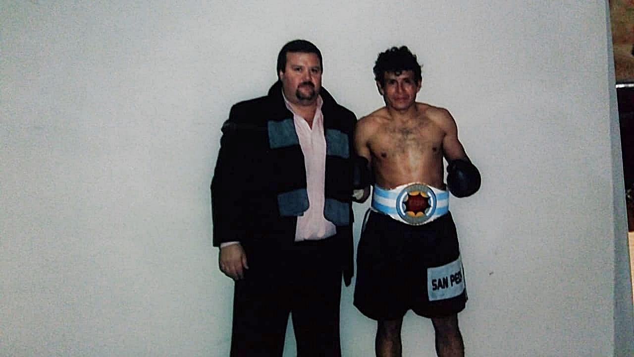 Lee más sobre el artículo Boxeadores locales que combatieron por el cinturón nacional