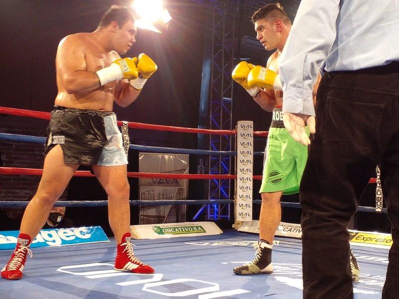 Lee más sobre el artículo Vuelve el boxeo a Canal 9 y se presenta Kevin Espíndola
